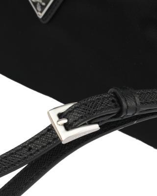意大利 PRADA 普拉达 黑色织物女士手拿化妆包 1NE393-067-F0002
